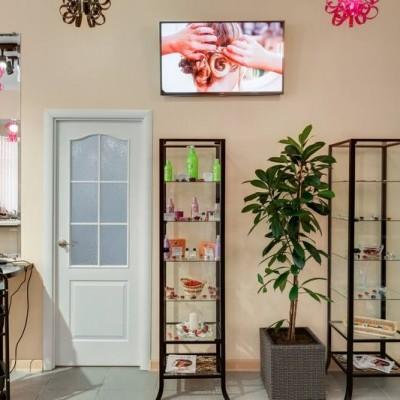 """Салон красоты """"Natali"""" (Одинцово). Оформление парикмахерского зала."""